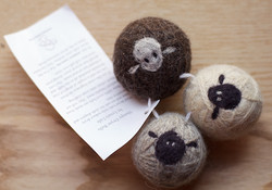Sheepy wool dryer balls