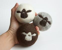 Lynn's Lids Wool Dryer Balls