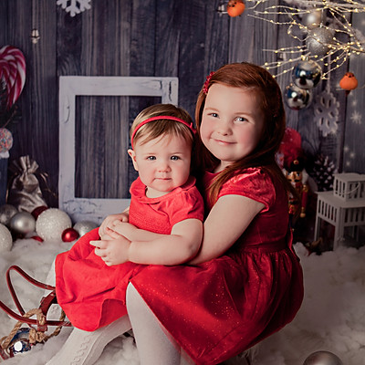 Liv's & Annabelle's Christmas Mini