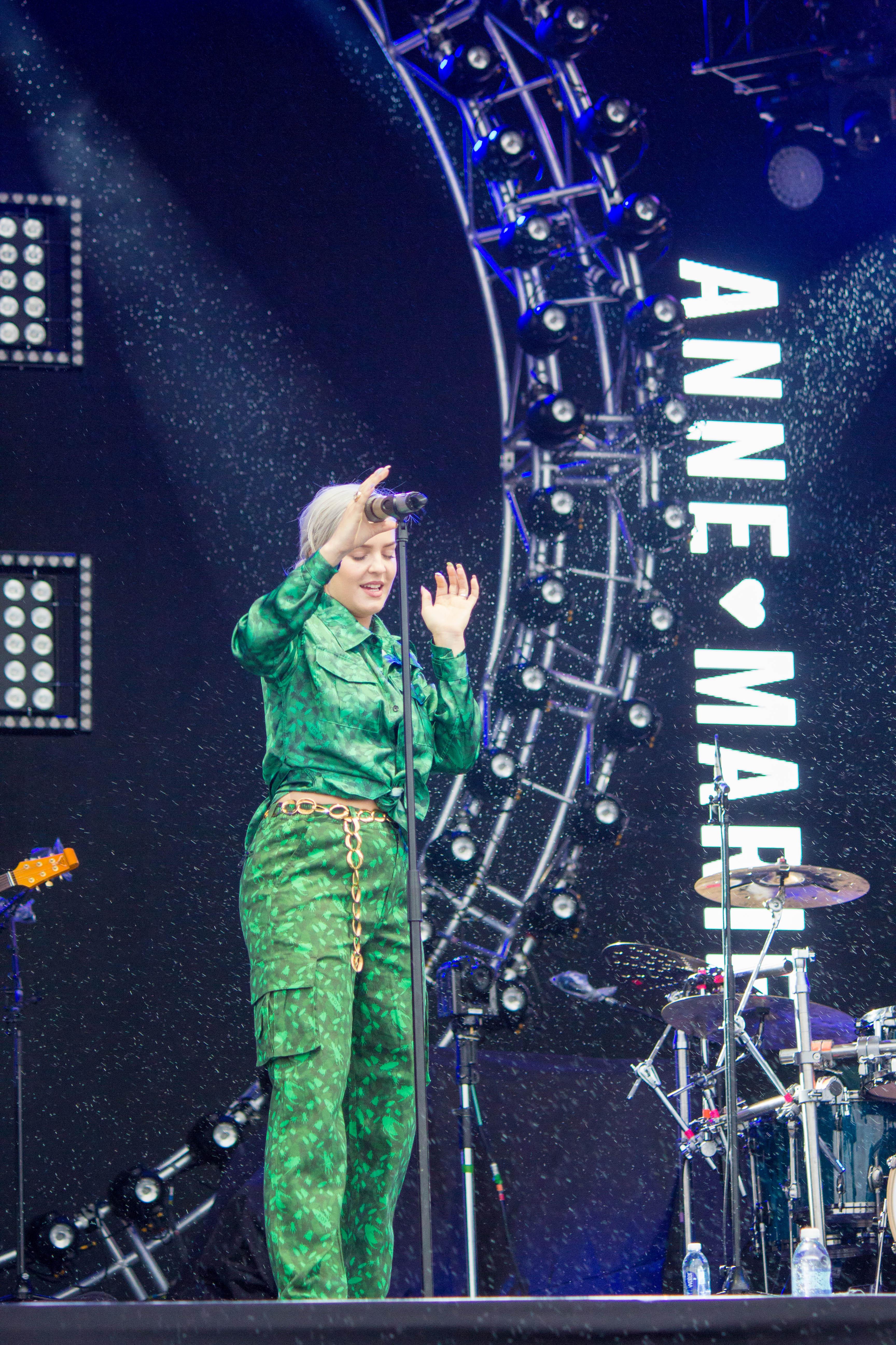 Anne-Marie 1
