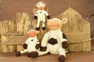 Shamba Shelf Cow - Handspun Wool