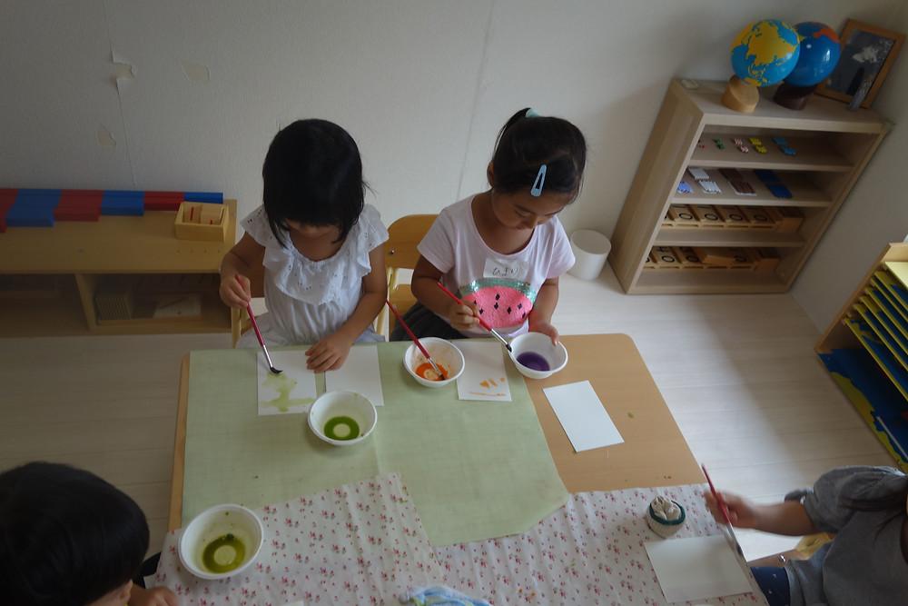 プライマリークラス 野菜 お絵描き