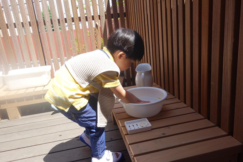 インファントクラス 手を洗う