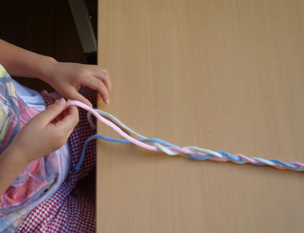 三つ編み お仕事