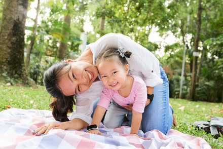 Mother-and-daughter-playing-in-park