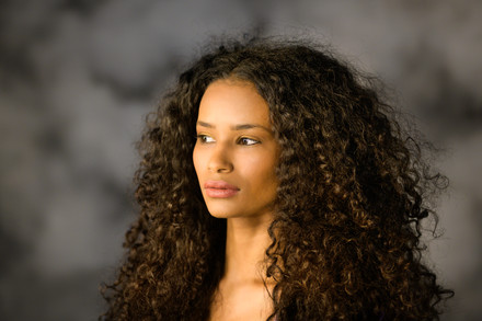 Thoughtful-black-woman-766721.jpg