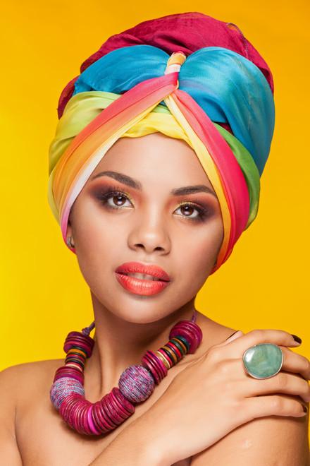 Posing-in-vibrant-accessories-347137.jpg