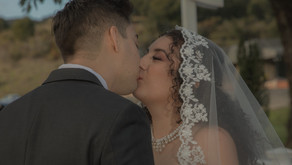 What factors affect wedding videography costs?