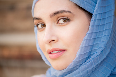Young-gorgeous-muslim-woman-in-blue-4474