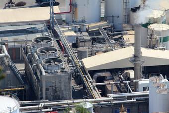 Industrial-plant-363252.jpg