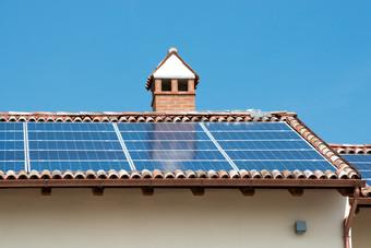 Solar-panels-627103.jpg