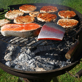 Fish-and-white-meat-barbecue-486722.jpg