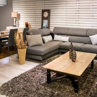 Open-plan-dining-room-724688.jpg