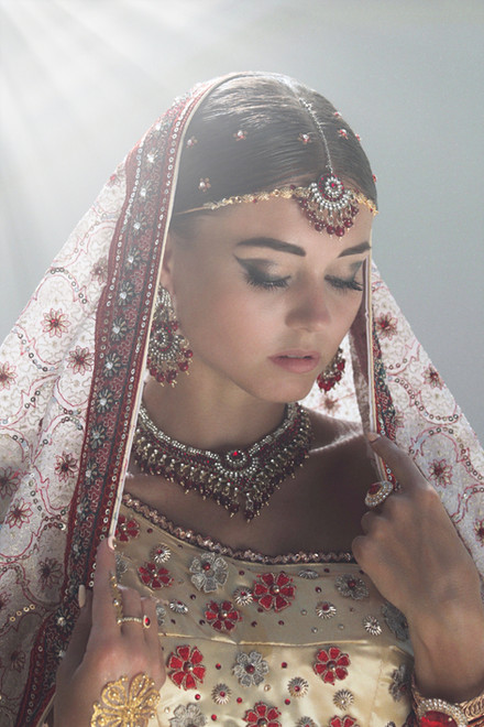 Traditional-indian-fashion-630738.JPG