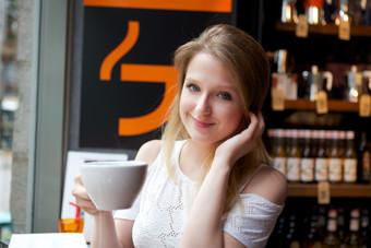 Girl-drinks-coffee-483230.jpg