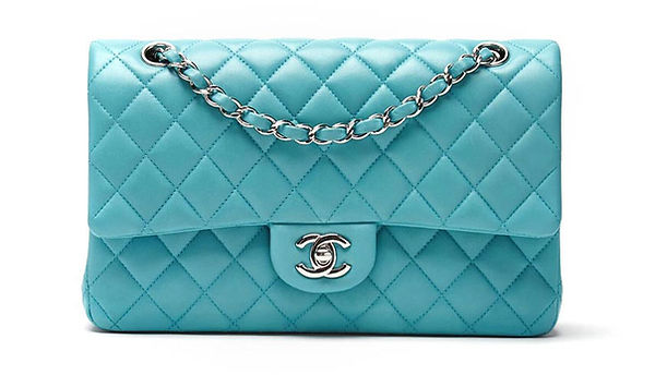 Chanel_Bag_03_gradient_top_padding.jpg
