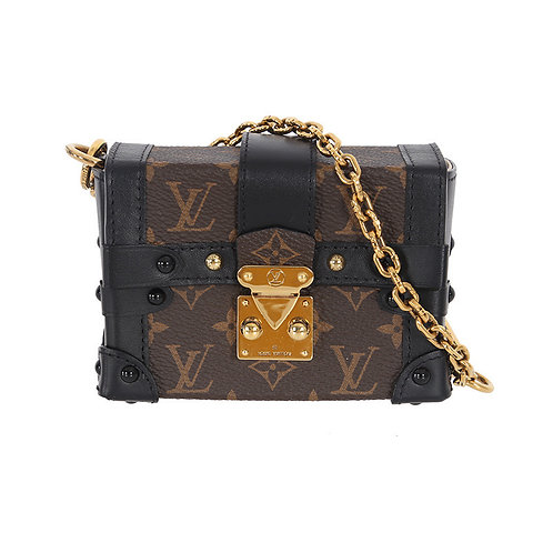 LOUIS VUITTON Essential Trunk
