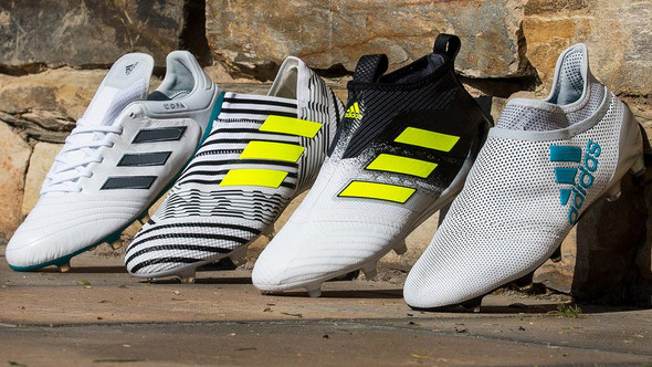 ADIDAS COMPLETA IL DUST STORM PACK, CON LE  NUOVE X17