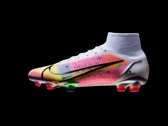 NIKE SVELA LE NUOVE MERCURIAL DRAGONFLY
