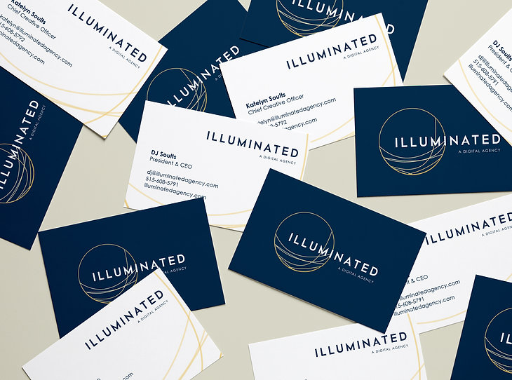 Scattered-Business Cards MockUp-Illumina