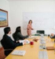 abogados de Care abogados en mesa de trabajo
