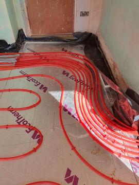 Underfloor heating pipes 7.jpg