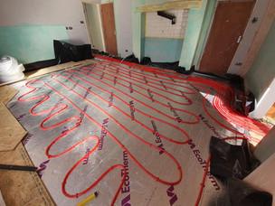 Underfloor heating pipes 3.jpg