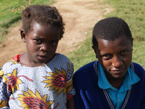 Bufoko Schule Portraits (3).jpg