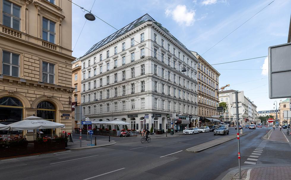 JGFoto_1010 Wien, Operngasse 2-6.jpg