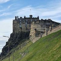 Edinburgh Castle - the most visited (pai