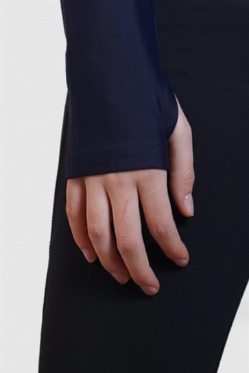 active rashie with thumbhole th.jpg
