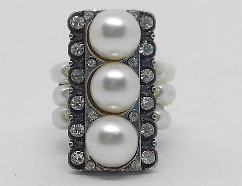 Adjustable Stretch Ring * Fits size 7.5 up * S11