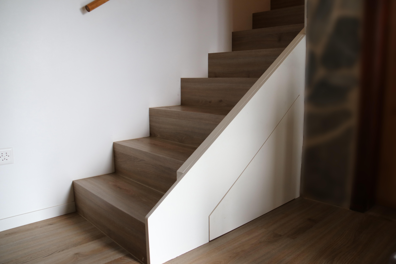 Rénovation_escalier_et_fabrication_d'un_