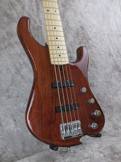 Daves Bass L FR Side.jpg