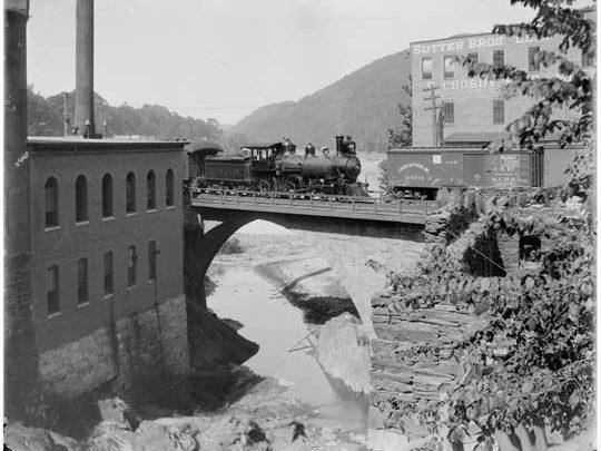railroad crossing in Brattleboro