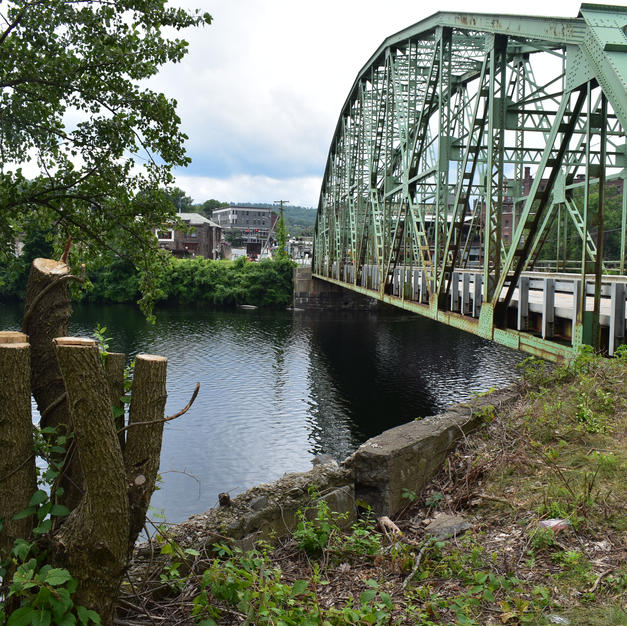 A bridge from VT to NH