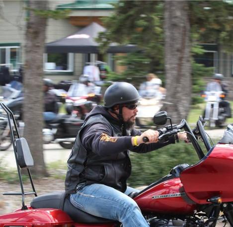 18 AB Rider parade.jpg