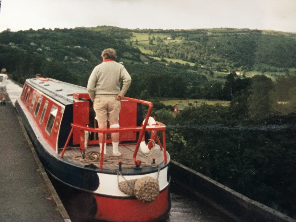 Grandfather at the the helm, crossing the Pontecelli aqueduct.