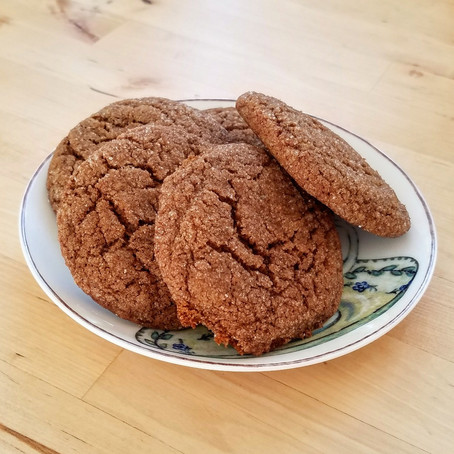 THE BEST (healthy-ish) Ginger Molasses Cookies