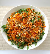 Arugula and Quinoa Salad with Peanuts and Apricots