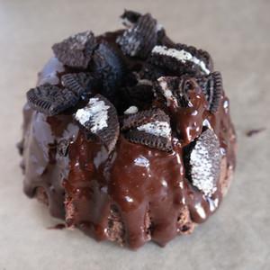 DOUBLE CHOCOLATE TAS CAKE
