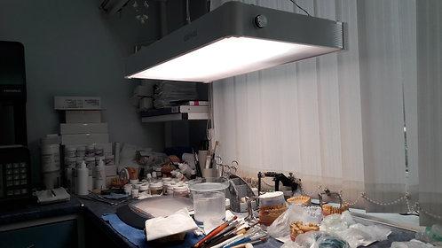 DN-1 Светильник для зуботехников.