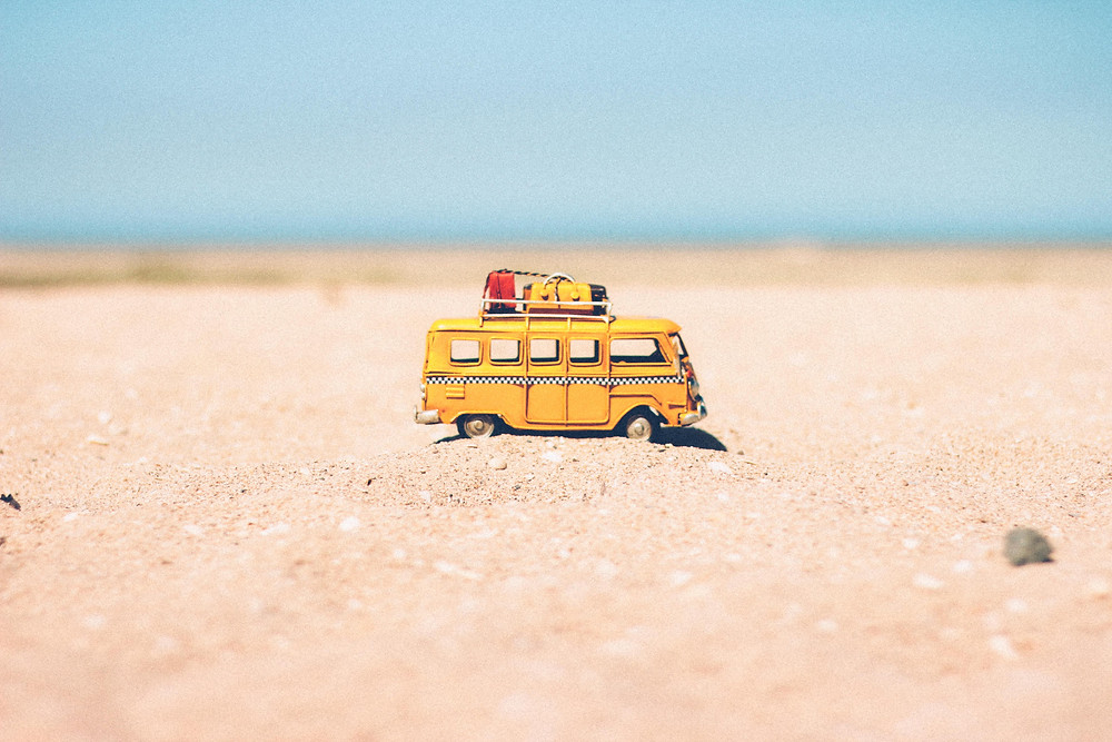 break vacances d'été sable valise car