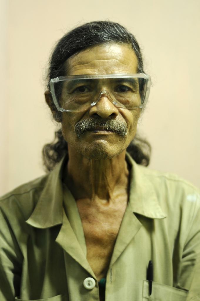 Luis M., fotomecánico, El Salvador