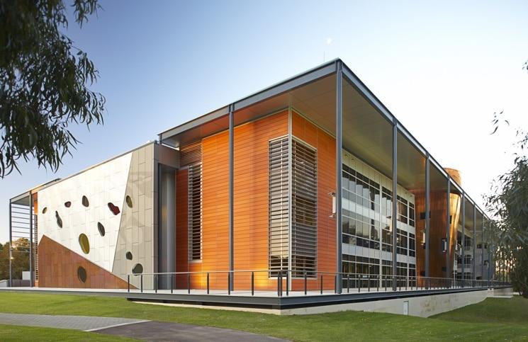 university-of-western-australia-mba-745x