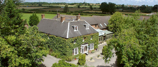 Marsh-Farm hotel.jpg