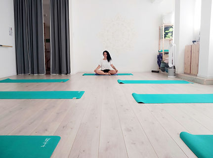 Yoga Ananda.jpg