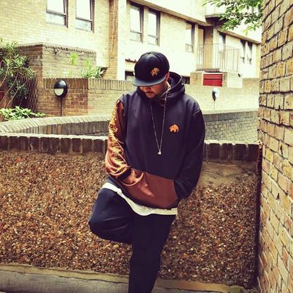 WILDZ XL Rottweiler Style Hoodie, Elephant cap, Hav-it