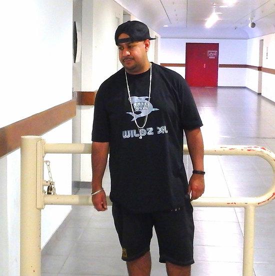 WILDZ XL Shark T-shirt Black
