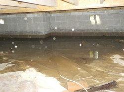 Water in crawlspace - Jemison, AL